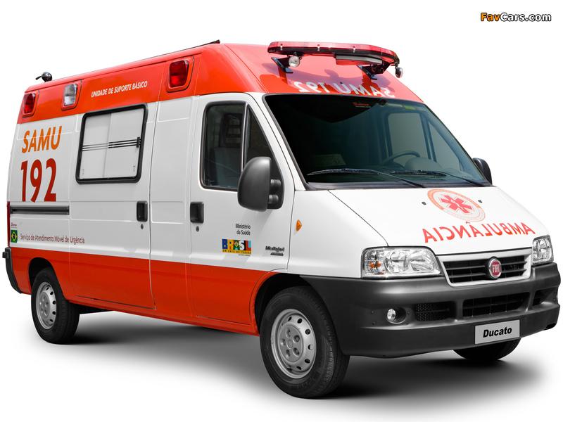 Photos of Fiat Ducato Ambulance 2002–06 (800 x 600)
