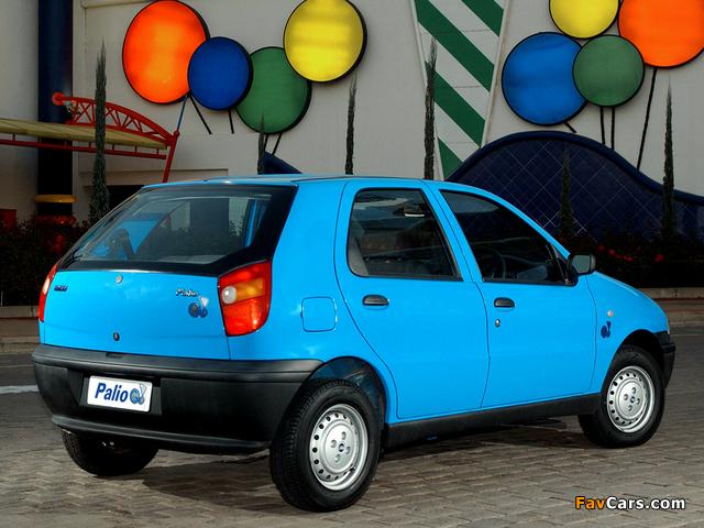 Photos of Fiat Palio Go! 5-door (178) 2003–04 (640 x 480)