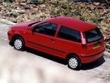 Fiat Punto 3-door UK-spec (176) 1993–99 pictures