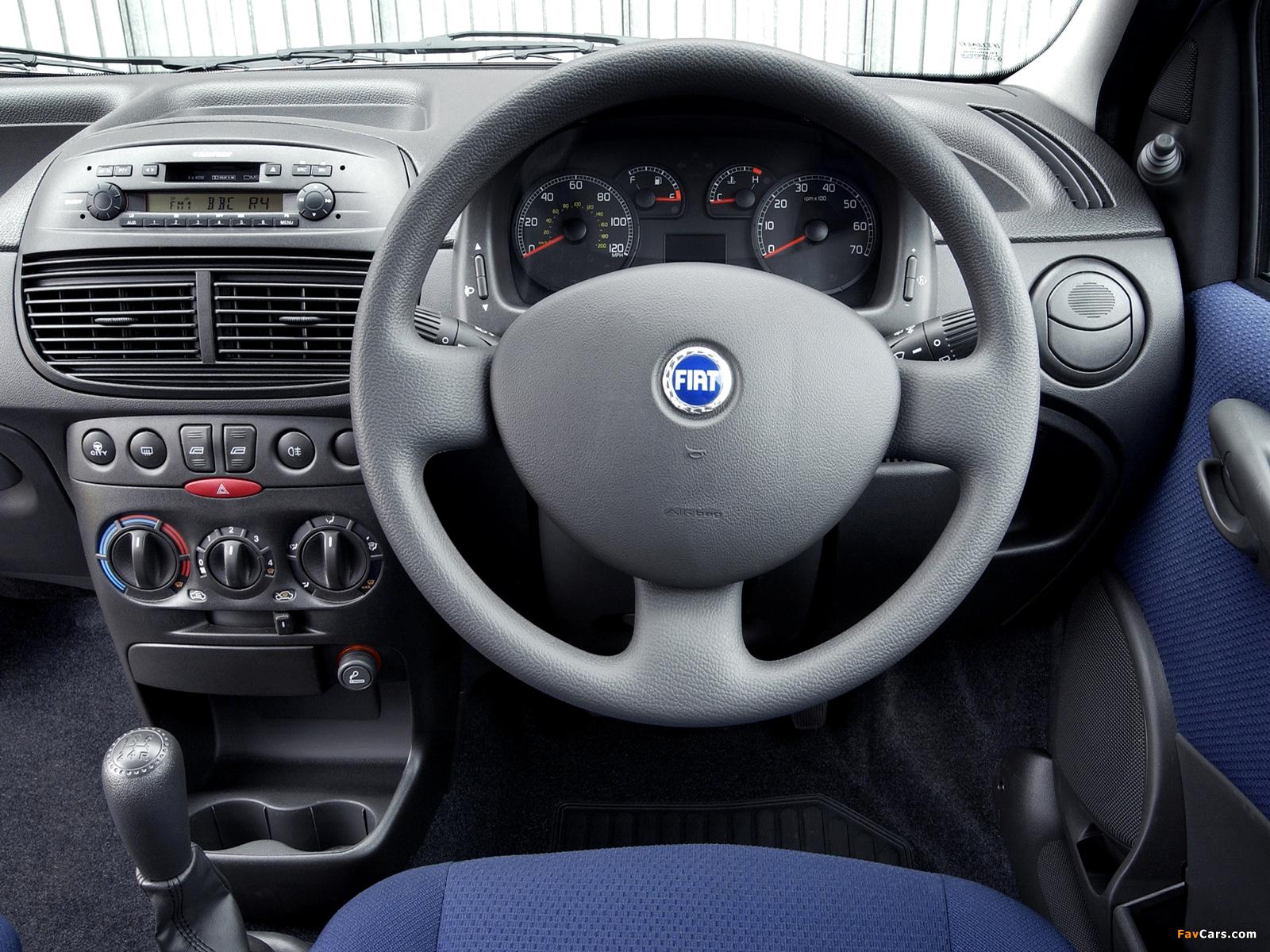 Fiat Punto 5-door UK-spec (188) 2003–05 wallpapers (1600 x 1200)