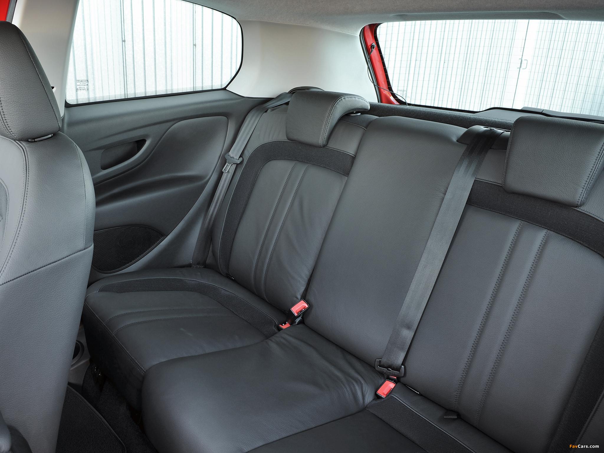 Fiat Punto Evo 3-door UK-spec (199) 2010–12 photos (2048 x 1536)