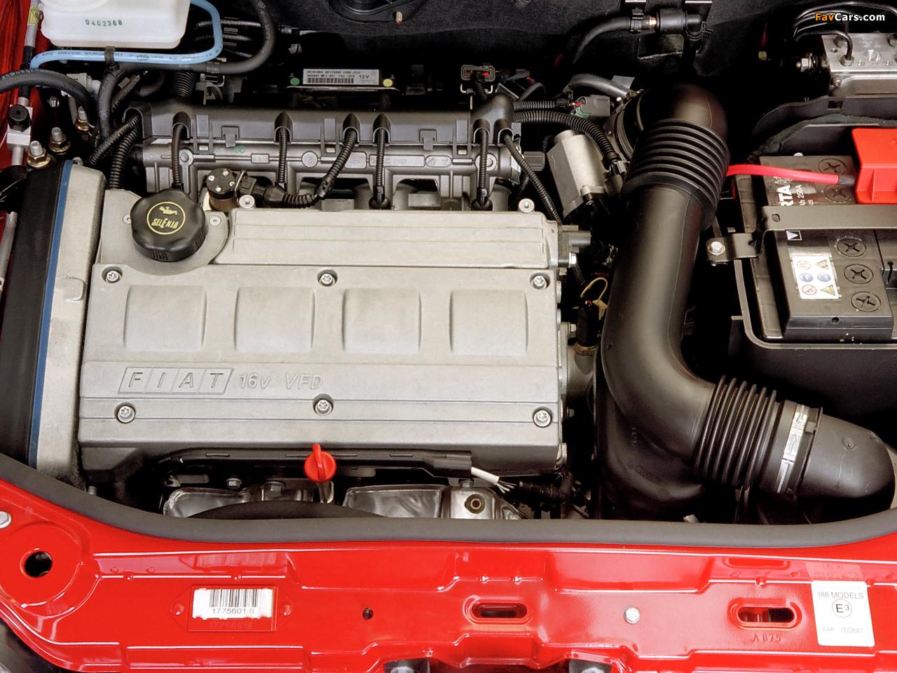 Images of Fiat Punto HGT Abarth NZ-spec (188) 2002–03 (1280 x 960)