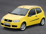 Images of Fiat Punto Sporting UK-spec (188) 2003–05