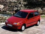 Photos of Fiat Punto 3-door UK-spec (176) 1993–99