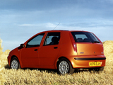 Photos of Fiat Punto 5-door UK-spec (188) 1999–2003