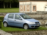 Photos of Fiat Punto 5-door (188) 2003–07