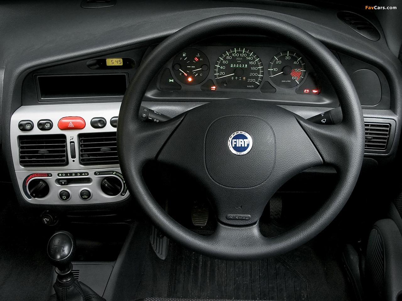 Photos of Fiat Siena ZA-spec (178) 2005–09 (1280 x 960)