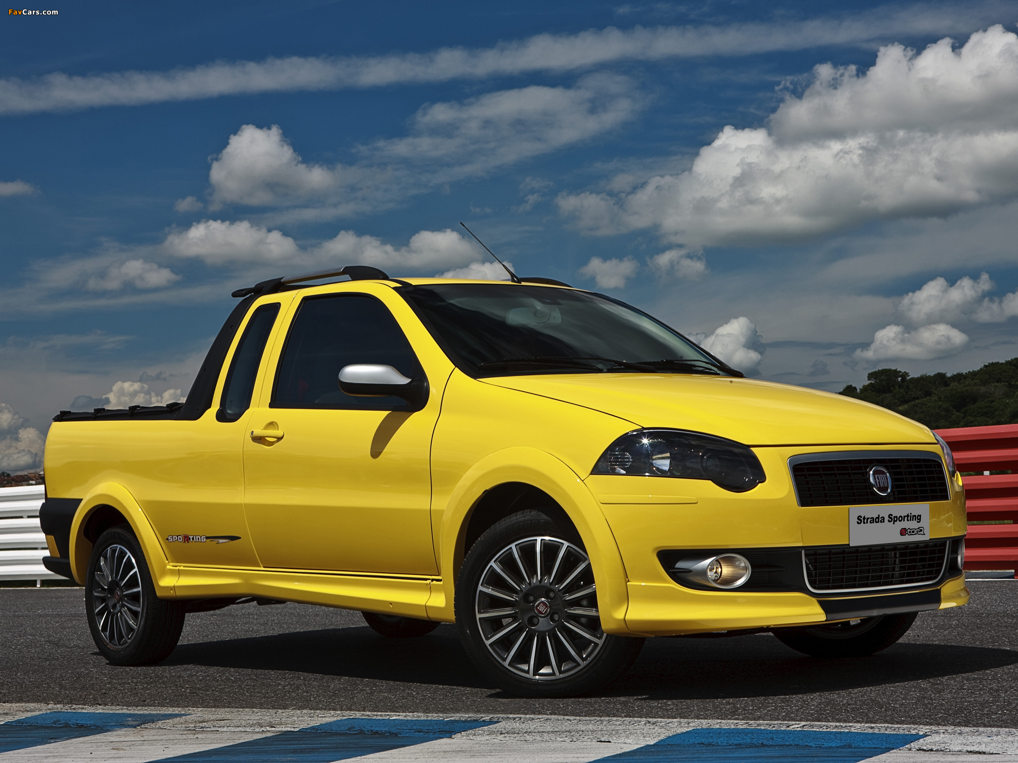 Fiat Strada Sporting 2011–12 pictures (2048 x 1536)