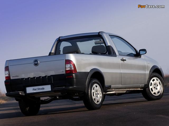 Images of Fiat Strada ZA-spec 2005–12 (640 x 480)