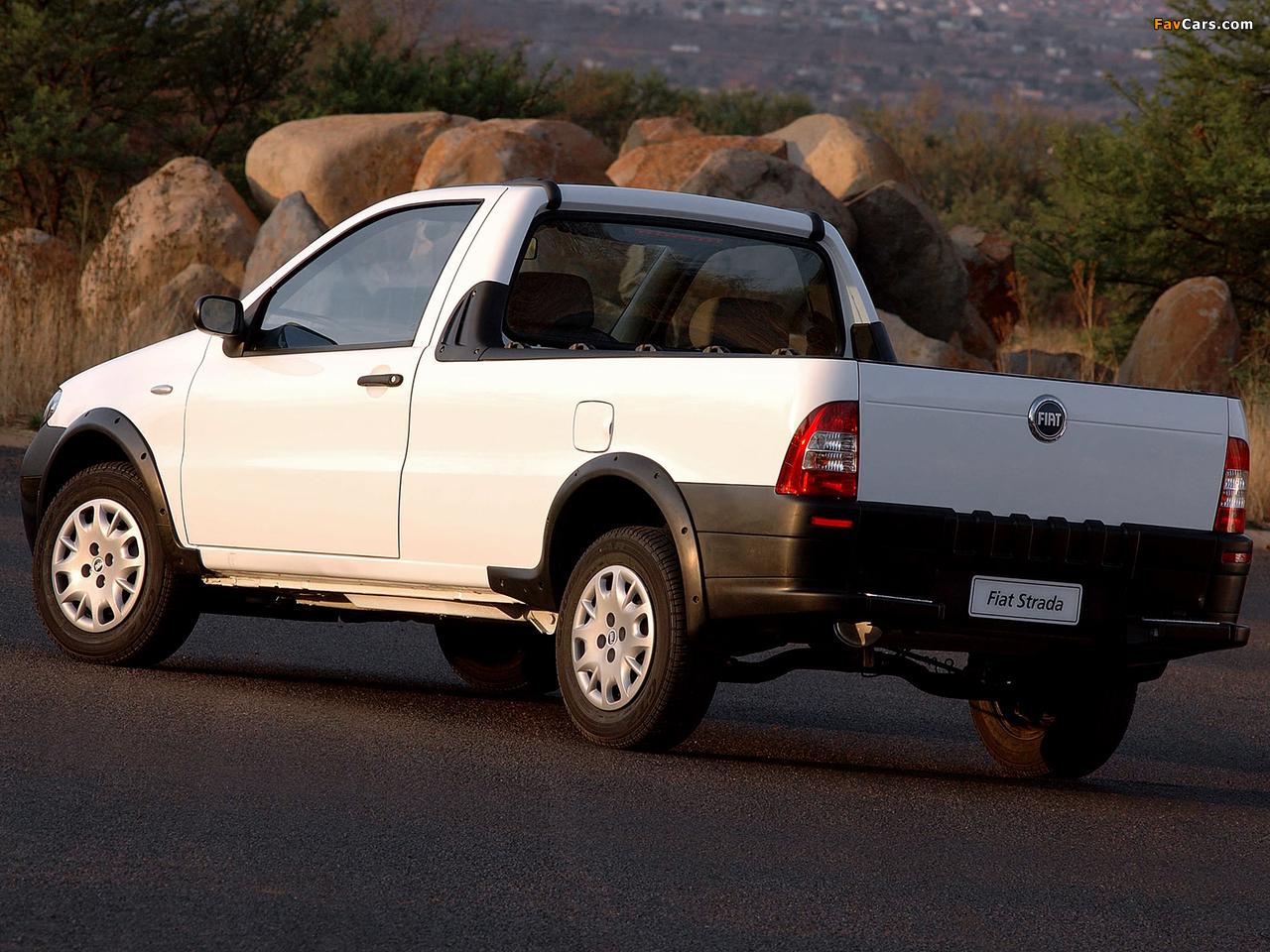Images of Fiat Strada ZA-spec 2005–12 (1280 x 960)