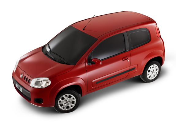 Fiat Uno Attractive 3 Door 2011 Images