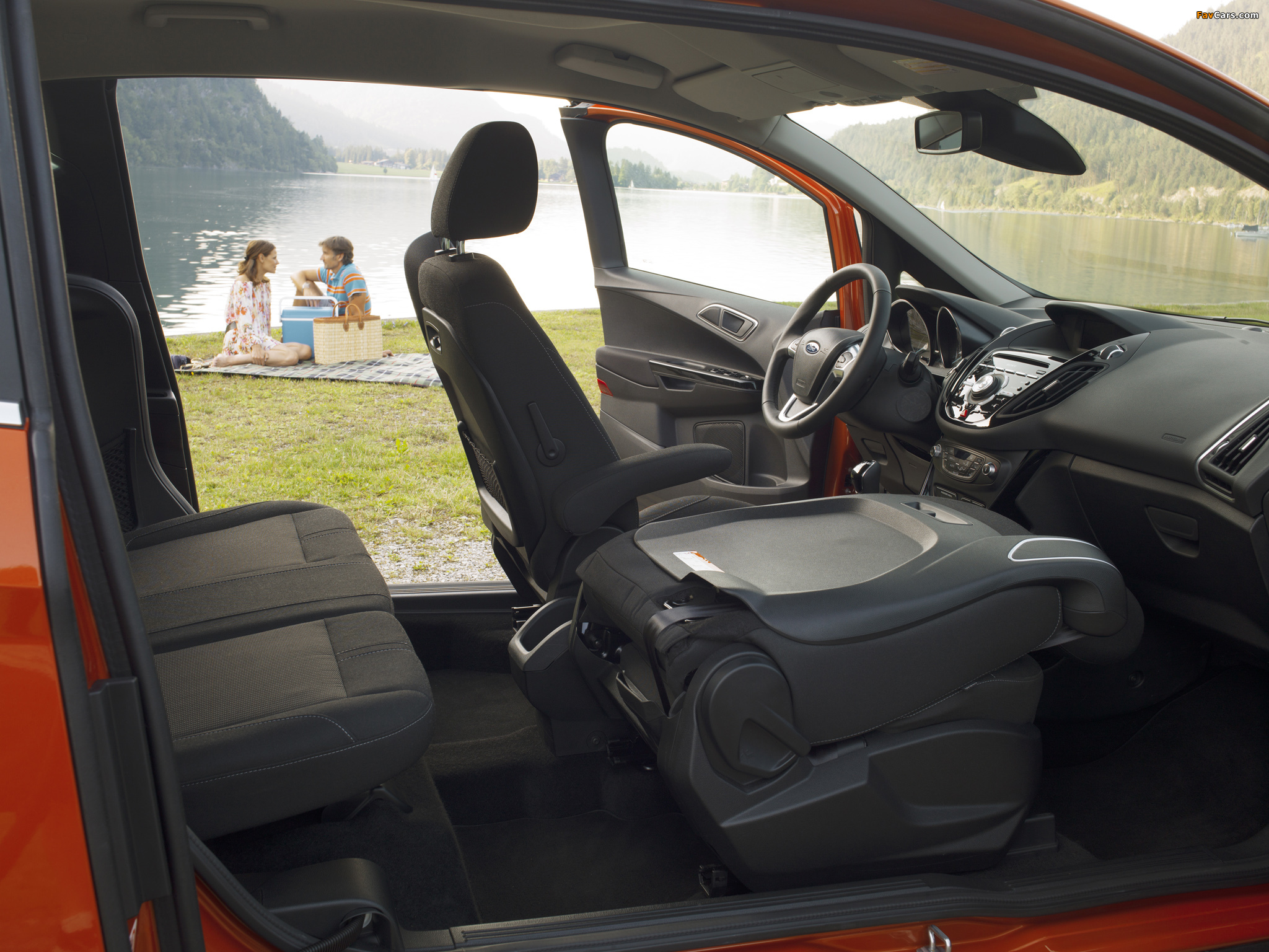 Ford B-MAX 2012 photos (2048 x 1536)