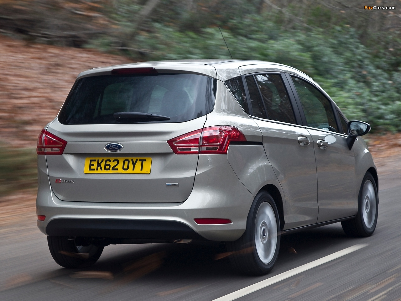 Ford B-MAX UK-spec 2012 pictures (1280 x 960)
