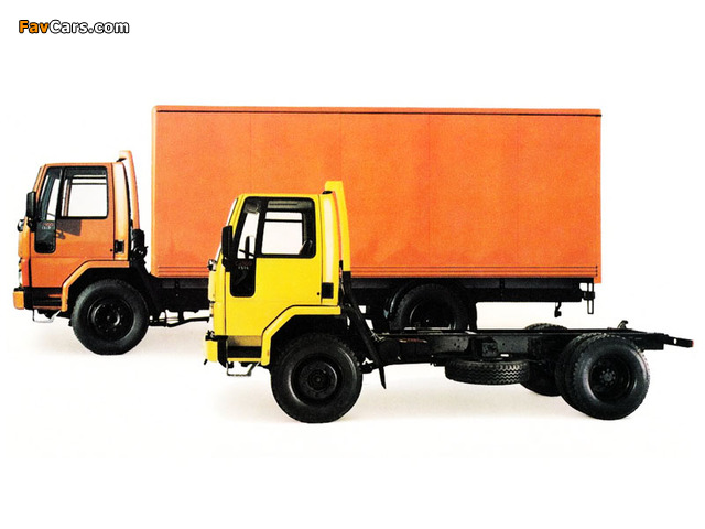 Ford Cargo 1517 Box Van & 1514 Chassis Cab UK-spec 1981-93 images (640 x 480)