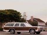 Photos of Ford LTD Country Squire Station Wagon 1986