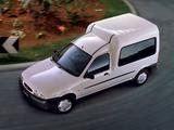 Images of Ford Courier Kombi UK-spec 1996–99
