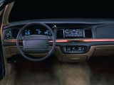 Ford Crown Victoria 1995–97 images