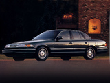 Pictures of Ford Crown Victoria 1995–97
