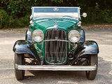 Ford V8 Deluxe Roadster (18-40) 1932 images