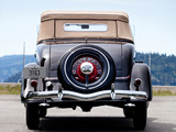 Ford V8 Deluxe Roadster (40-710) 1934 images