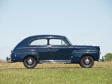 Ford V8 Super Deluxe Tudor Sedan (69A-70B) 1946 photos