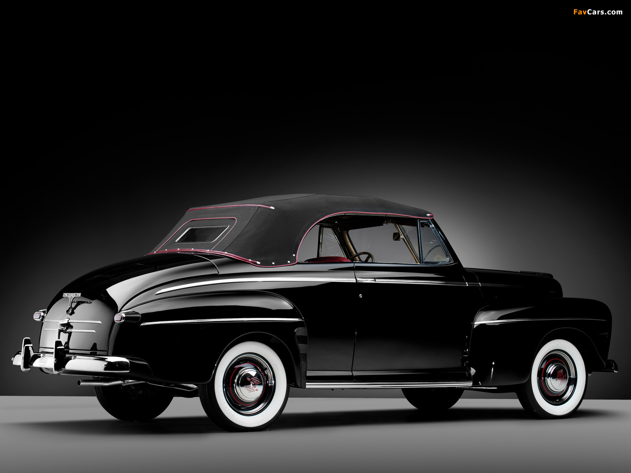 Ford V8 Super Deluxe Convertible Coupe 1946 Pictures 1280x960