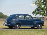Images of Ford V8 Super Deluxe Tudor Sedan (69A-70B) 1946