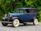 Photos of Ford V8 Deluxe Fordor Sedan (18-160) 1932