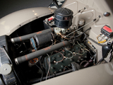 Photos of Ford V8 Deluxe Convertible Coupe 1940