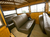 Ford V8 Deluxe Station Wagon (81A-790) 1938 wallpapers