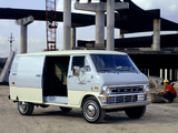 Ford Econoline 1974 photos