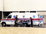 Ford E-250 Ambulance 1983–91 images