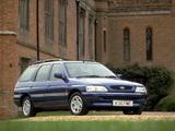 Ford Escort Ghia Estate UK-spec (Vb) 1993–95 pictures