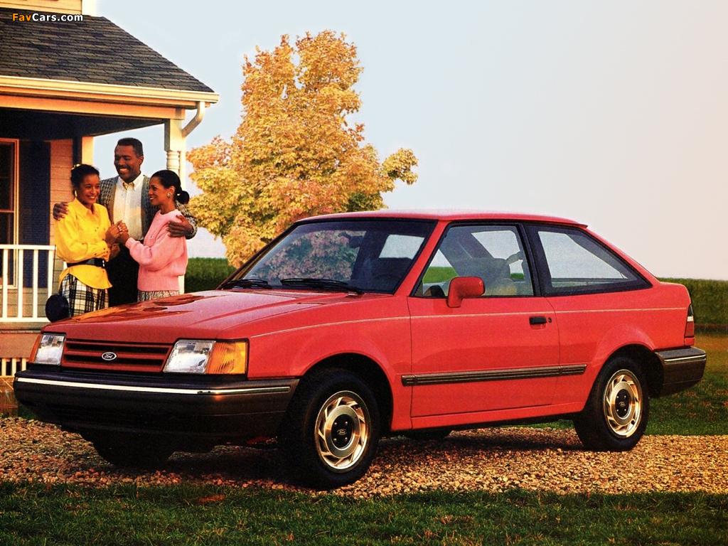 Pictures of Ford Escort 3-door 1988–90 (1024 x 768)