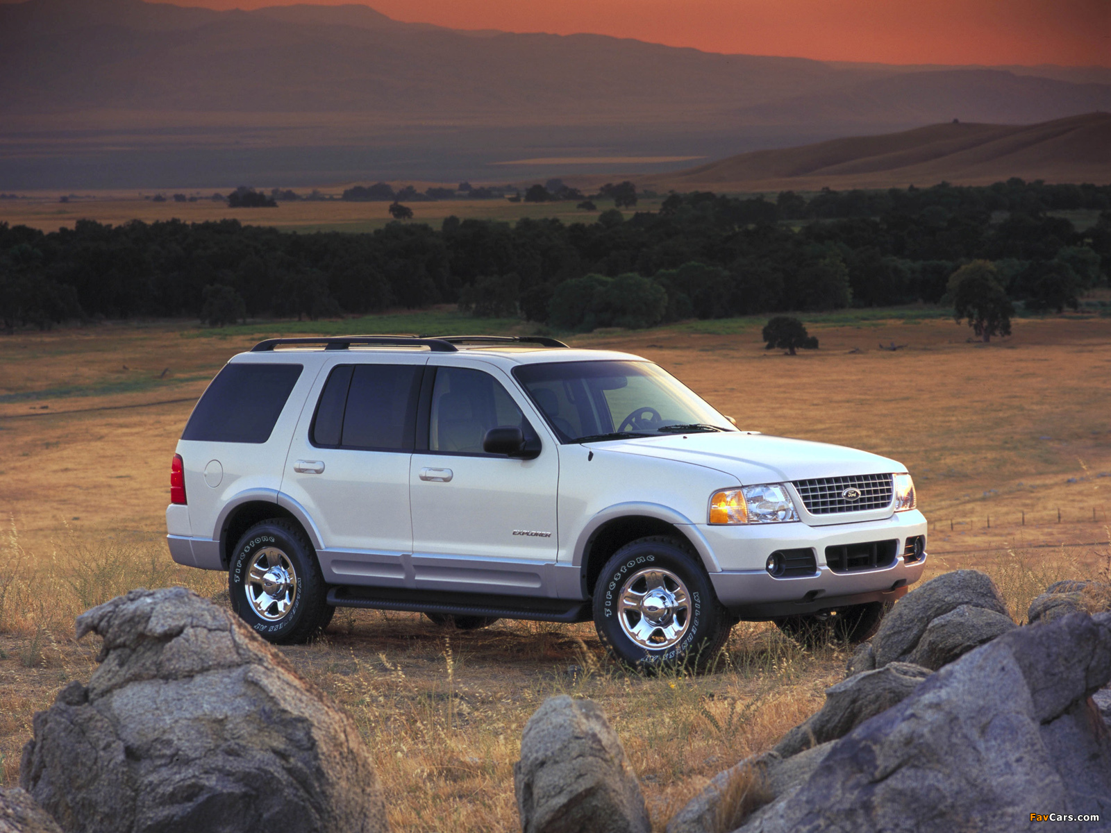 Ford Explorer 2001–05 wallpapers (1600 x 1200)