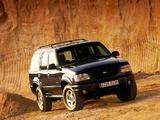 Photos of Ford Explorer EU-spec 1995–2001