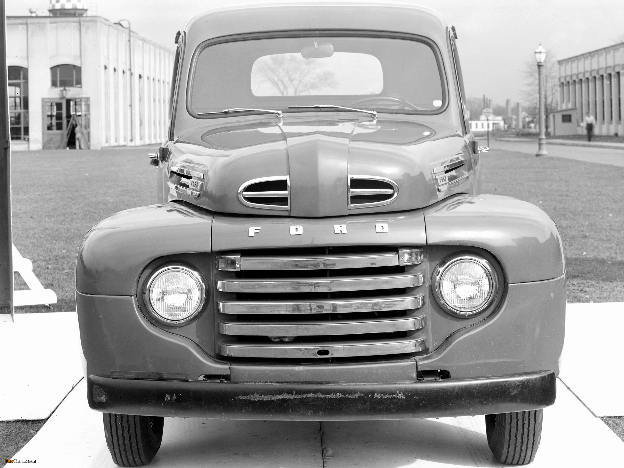 Photos of Ford F-1 Pickup 1948–52 (2048 x 1536)
