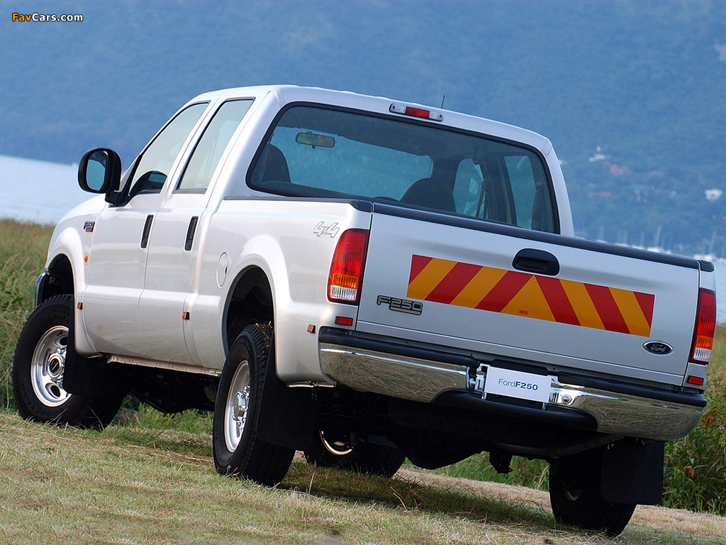 Ford F-250 Double Cab ZA-spec 2005–08 images (1024 x 768)