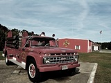 Pictures of Ford F-700 Firetruck by Howe 1965