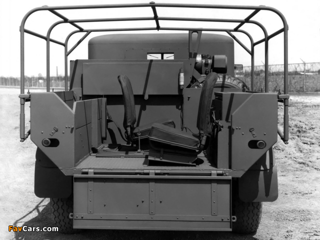Ford F8 No.12 Cab 1941 images (640 x 480)