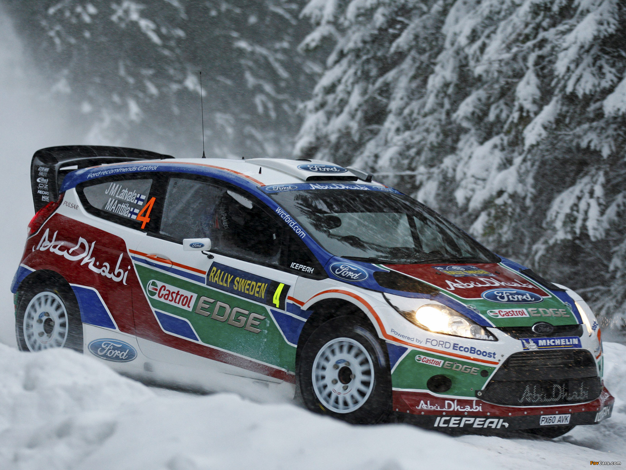 Ford Fiesta RS WRC 2011 photos (2048 x 1536)