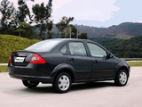 Photos of Ford Fiesta Sedan 2004–07