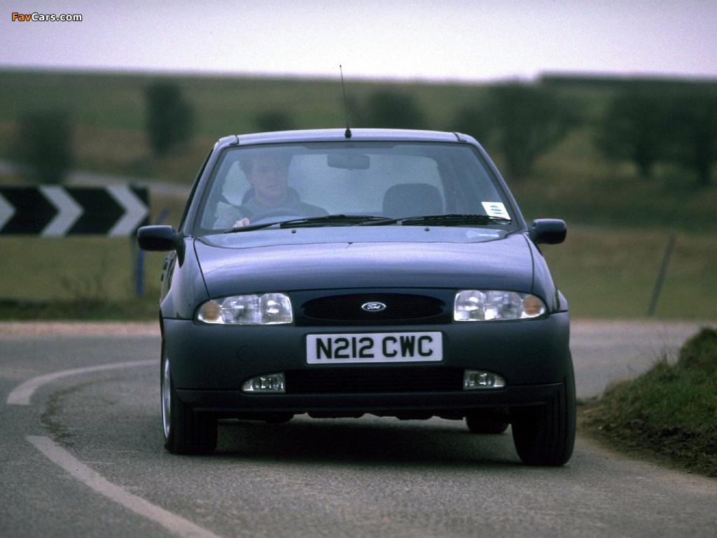Ford Fiesta 5-door UK-spec 1995–99 wallpapers (1024 x 768)