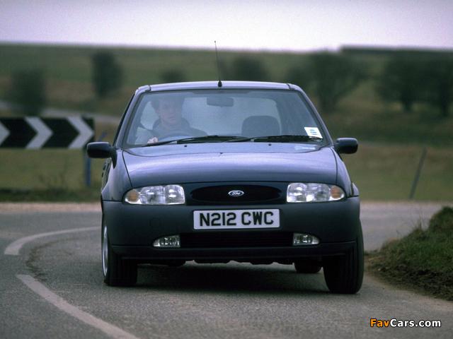 Ford Fiesta 5-door UK-spec 1995–99 wallpapers (640 x 480)