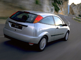 Ford Focus 3-door 1998–2001 images