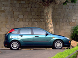 Ford Focus Ghia 5-door 1998–2001 photos