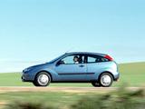 Ford Focus 3-door 1998–2001 photos