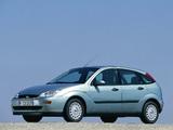 Ford Focus Ghia 5-door 1998–2001 wallpapers