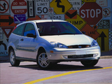 Ford Focus ZX3 1999–2004 images