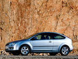 Ford Focus 3-door 2004–08 images